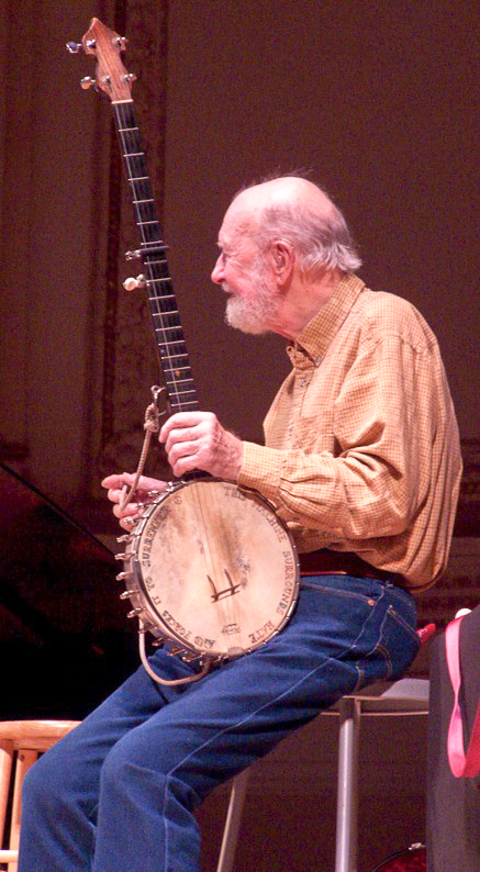 Seeger and banjo