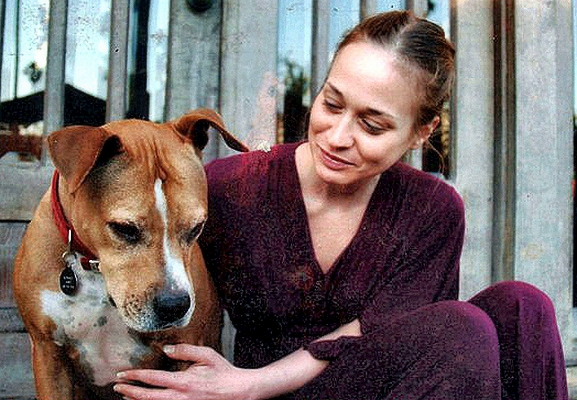 Fiona Apple with her dog Janet