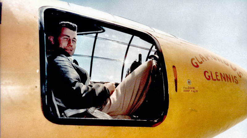 Cover-Chuck Yeager