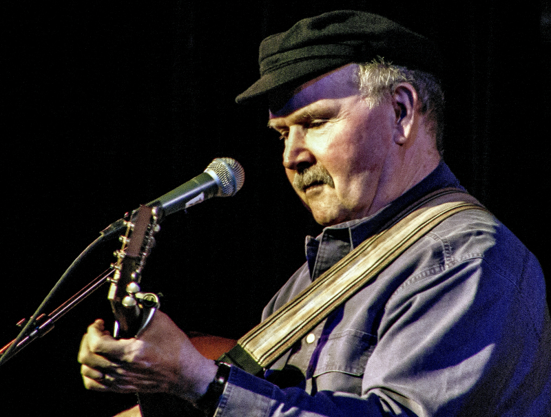 Cover-Tom Paxton